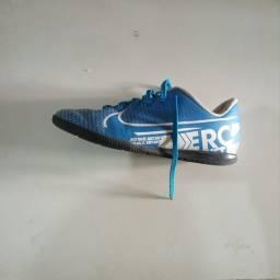 Chuteira Nike Mercury (Usada)