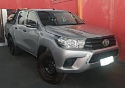 Toyota Hilux  CDLowM4fd