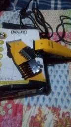 Maquina de cortar  cabelo sem Nova vendo por  necessidade mesmo.