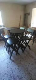 Mesas e banquetas bistrô
