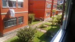Apartamento com 1 Quarto em Correas