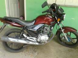 Vendo moto Fan 150 - 2012