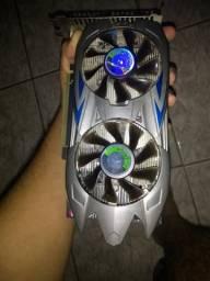 Placa de Video *NVIDIA* GTX 550 Ti GDDR5 1 GB / 128 Bits