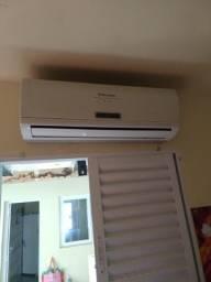 Vendo ou troco ar-condicionado