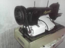 Maquina de costura por