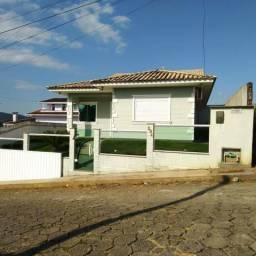 Vendo Linda casa em Santo Amaro, perto do centro
