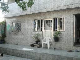 1 casa duplex + 2 kitnetes ótima localização próximo a rua boa sorte