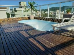 Bombinhas cobertura com piscina férias inesquecíveis