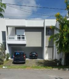 Sobrado no Condomínio Village do Sol - Pindamonhangaba - 3 suítes - quintal