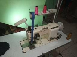 Suador adaptado em máquina de duas agulhas ponto fixo