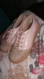 Vendo dois sapatos seminovo em Castanhal