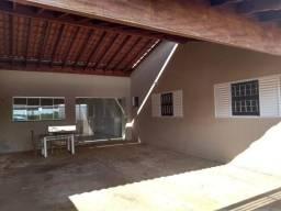 Guariba, casa 3 dorms,1 suite, garagem coberta, urgente