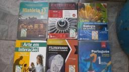 Doação de livros didáticos