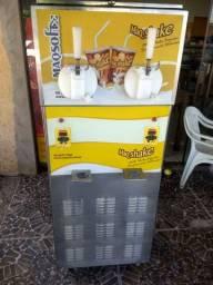 Vendo máquina de sorvete e Milk shake semi nova