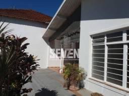 Casa para alugar com 4 dormitórios em Centro, Iacanga cod:5589