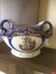 Ânfora de vaso em porcelana (antiguidade)