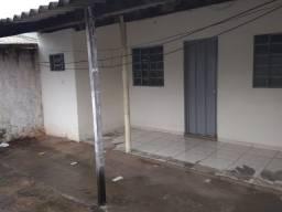 Casa 01 quarto< Jardim Maria Inês