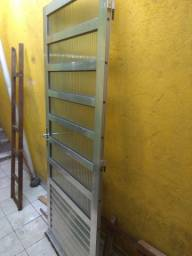 Porta de Aluminio 2,10 x.84,5