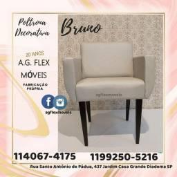 Poltrona Decorativa  Bruno,  Revestimento facto cinza (novo) altíssima qualidade