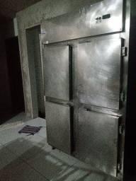 Oportunidade máquina de assar frango + geladeira ind