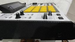 Akai Mpc 2500 Special Edition + Case Muito Nova