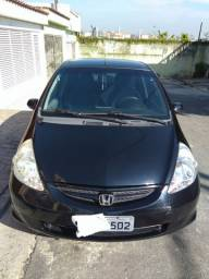 Honda Fit 2007 preto. Câmbio manual 1.4 gasolina