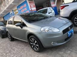 Fiat Punto Attractive 1.4 2011/2011 Completo