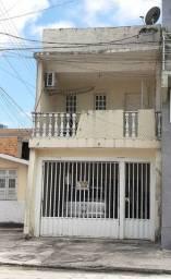 Vendo linda casa px do santuário de Fátima