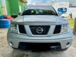 Nissan Frontier. Diesel 4x4. 6 machas.