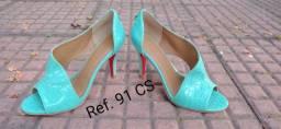 Sapatos feminino e masculino sofisticados de couro legítimo para revenda