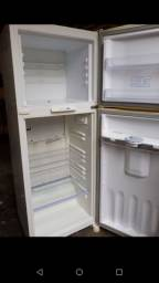 Super profissionais em Refrigeradores e Máquina de lavar.
