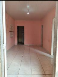 Vendo casa no Tancredo Neves.