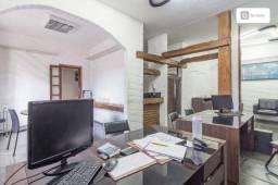 Casa com 350m² e 3 quartos