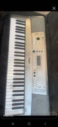 Título do anúncio: Piano Yamaha
