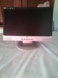 Vendo monitor AOC/P17