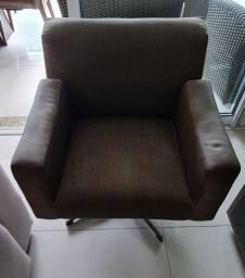 Cadeira de sala giratória