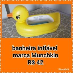 Título do anúncio: Banheira inflável e boia