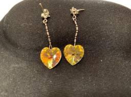 Brincos crystal furta cor coração