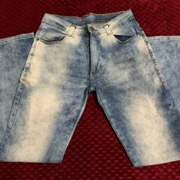 Vendo calça masculina TAM41