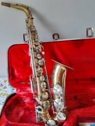 Saxofone alto Armstrong Elkhart Ind USA