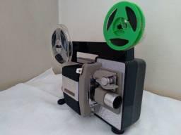 Filmadora e Projetor antigos da Konica fabricados em 1963 no Japão, duas peças
