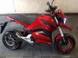 Vendo Moto elétrica nova com menos de 1.000 km de uso