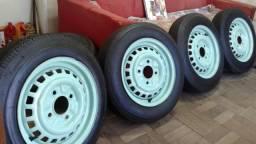 Rodas aro 15 Fusca e Derivados com pneu 175/60 furação 4x130