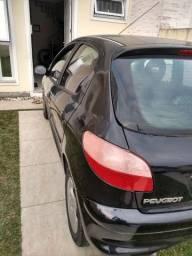 Carro Peugeot 1.6 completo