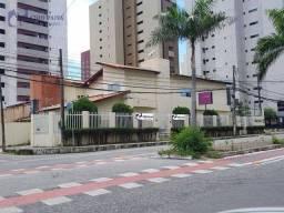Título do anúncio: Casa para alugar, 480 m² por R$ 8.000,00/mês - Patriolino Ribeiro - Fortaleza/CE