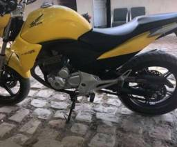 CB 300 - Novíssima - 2013
