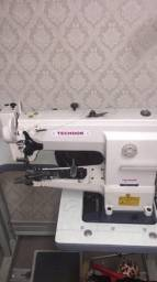 Torro máquina de costura