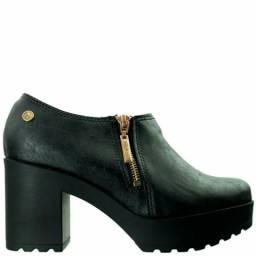 Sapato salto grosso moleca novo sem uso