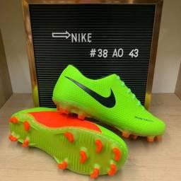 Chuteira Nike - 38 ao 43