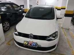 Volkswagen Fox 1.0 Branco 2013 Baixa Km - 2013